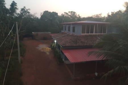 Velopplyst inngang