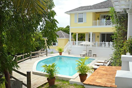 Hidden Secret, Lyford Cay
