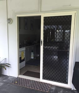 Regular door entrance 81cm