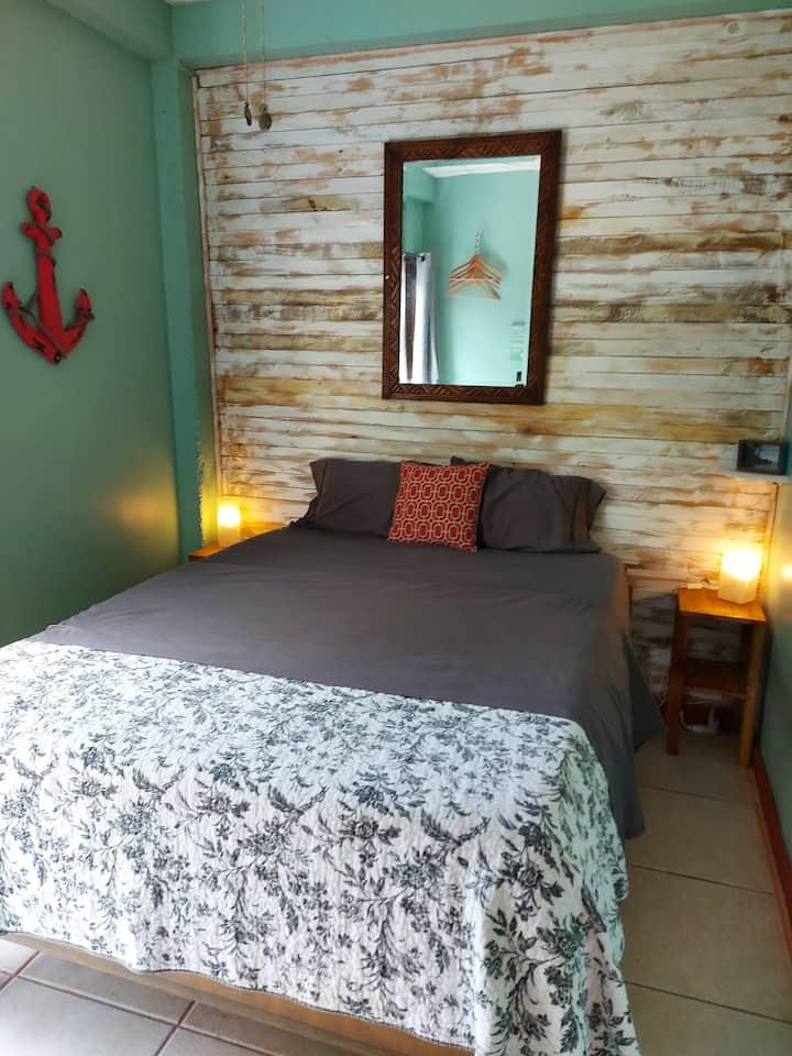 Casa Oceana Bed & Breakfast (1 Room-Sleeps 2)