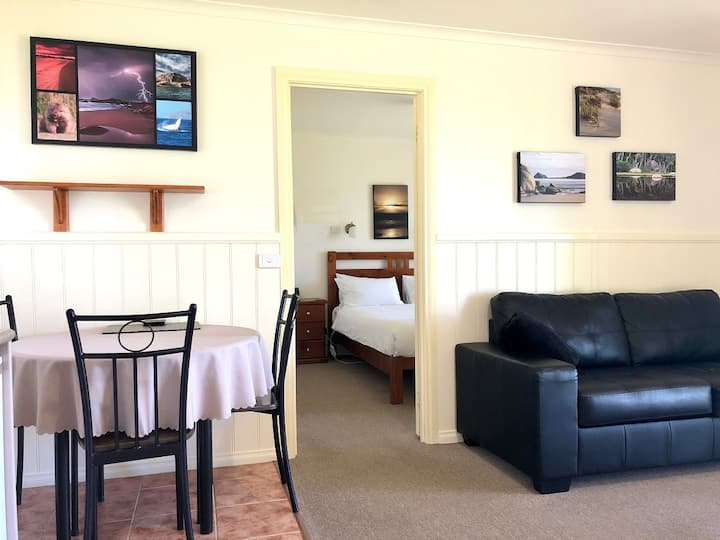 One Bedroom Cabin, Wilsons Prom (NO ADDED FEES)