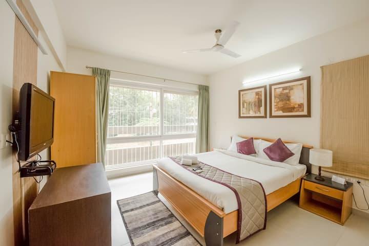 Perfect Business Stay at Siesta Bellandur