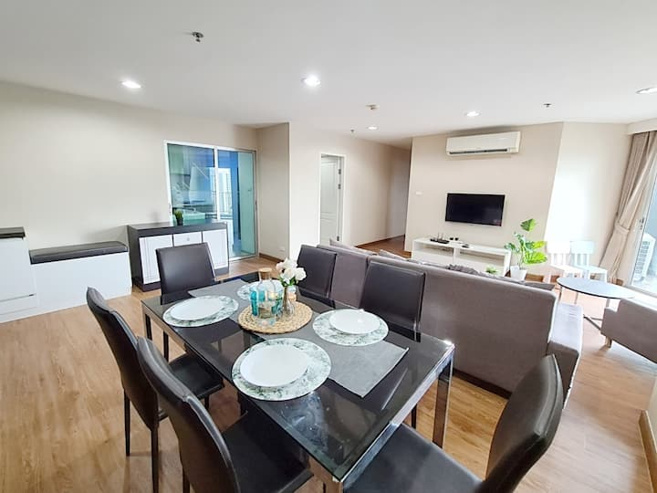 CENTRAL LUXURY SIGNATURE : 3BR :WIFI/BIG POOL/MRT