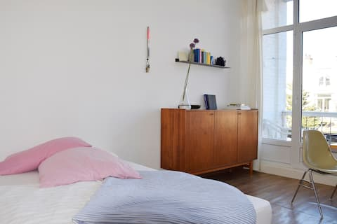Bright Room with Balcony Close to the Beach