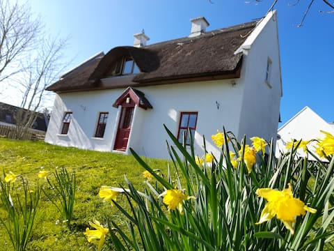 Donegal Thatched Cottage on Wild Atlantic Way