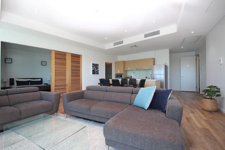 Multi-Award Winning 3 Bedroom Penthouse