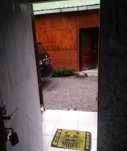 Svečio įėjimas platesnis nei 80cm