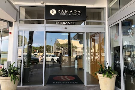 Front entry to Ramada complex