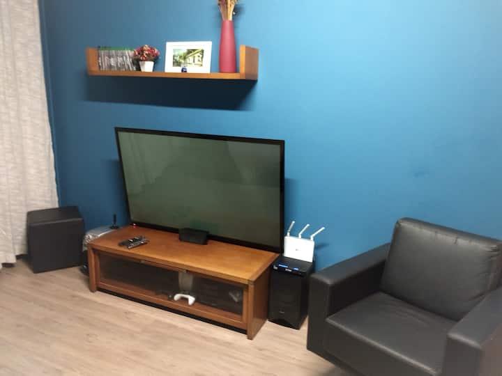 decorated apartment, suite + bedroom, 15min center