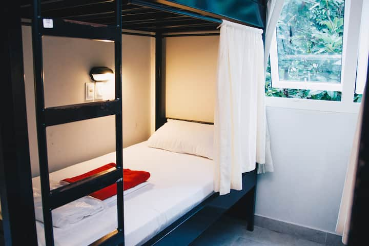 Hostel Private Triple Ensuite wBathroom Copacabana