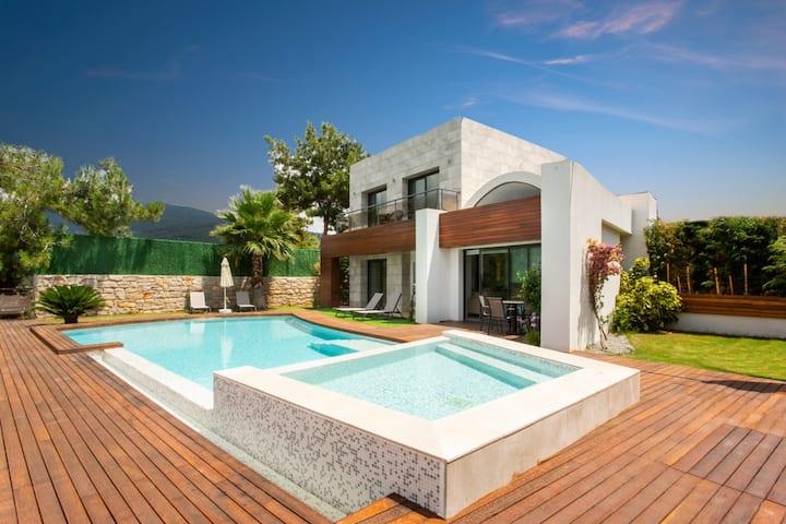 Sierra Villa Bodrum 5 #fireplace #privatevilla