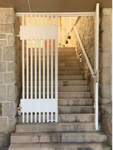 Escalones puerta 2