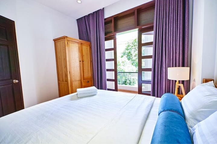 Ruby Home 5 Serviced Apartments - 202