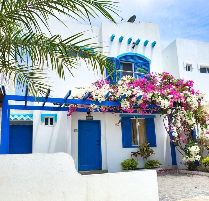 Casa Azul in Playas, Ecuador
