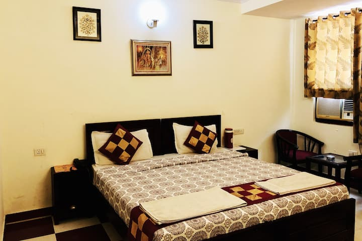 Deluxe Double Room A/C with Breakfast