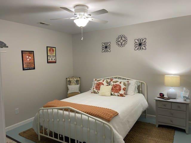 The second bedroom is very cozy.