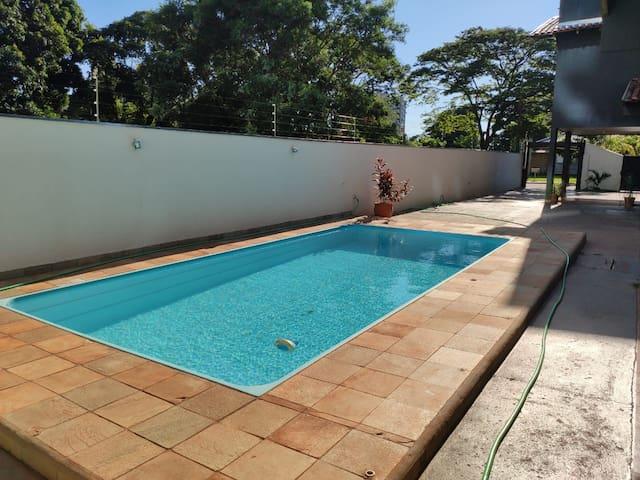 Suite 2 Pool Residence