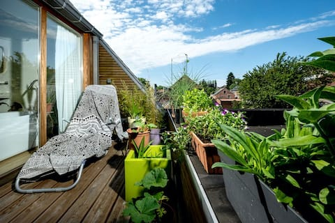 Cosy Room, Eco House, Green Village