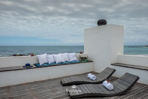 Montserrat Self Catering Beachfront Villa