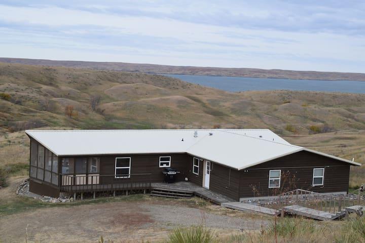 Hillbilly Relaxation Ranch Fish & Hunt Destination