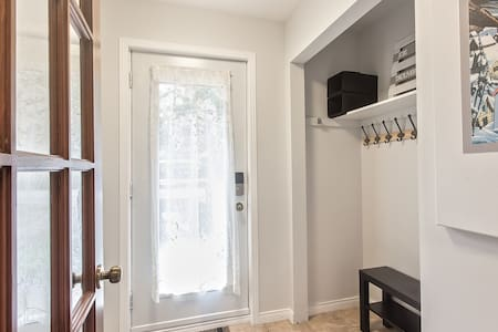 direct access to dining room and living area