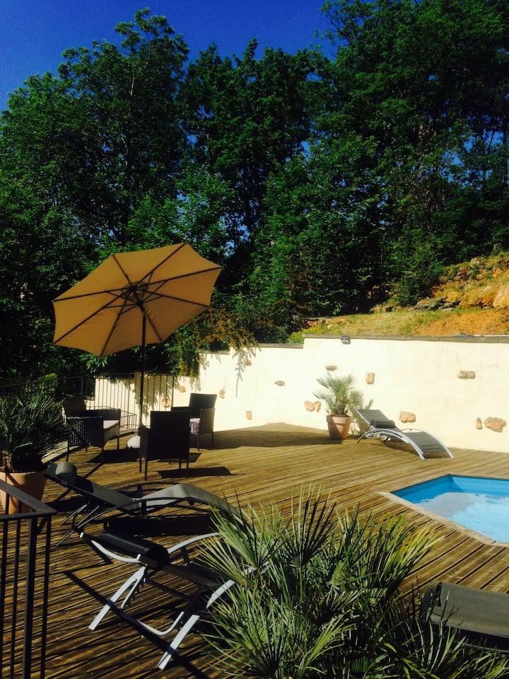 Maison périgourdine, 3 chambres, piscine, Sarlat