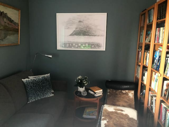 Room 2, sofa convertable to 140 cm bed. Room is also for working,  reading and reaxing.