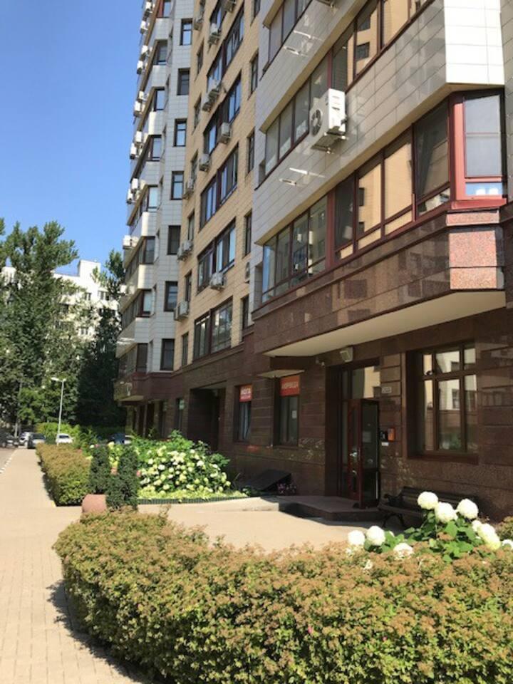 2BDR&living apt 5ps near Vorobyovy Gory/MGU