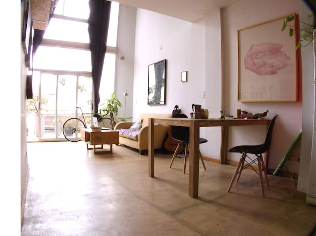 Artist Loft apartment in Congreso