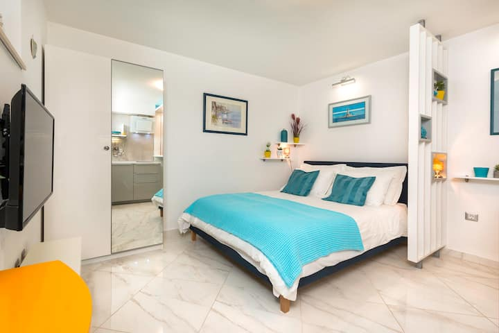 "Premantura-new studio apartment ""Blue star"""