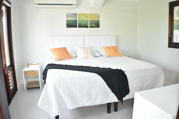 Master bedroom 3.