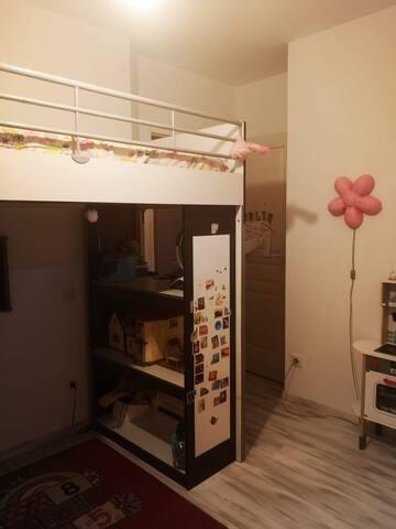 chambre enfant 1 - lit mezzanine 1 place