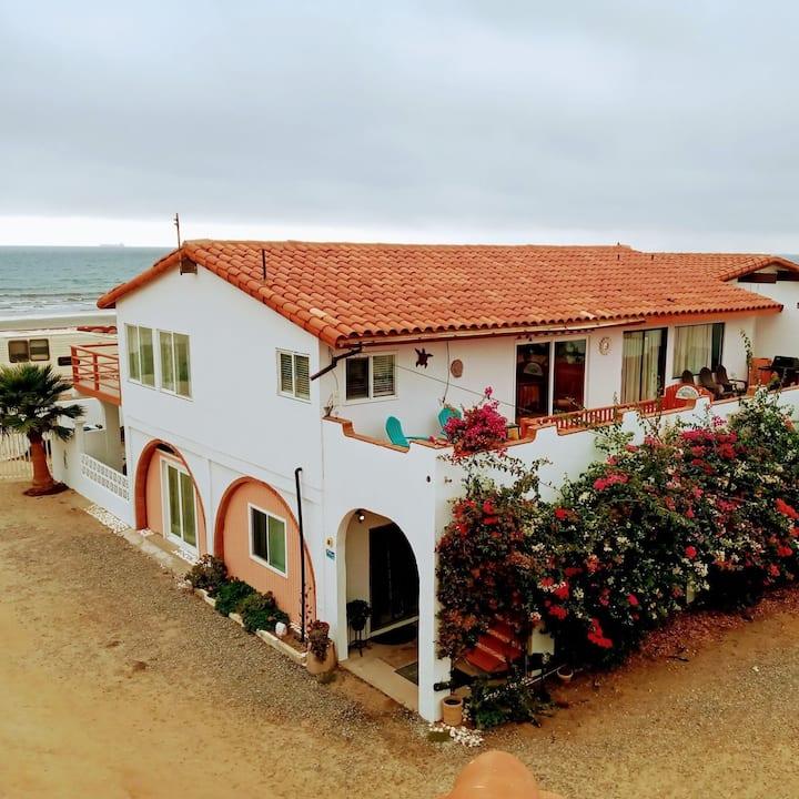 Casa Ballena Entero - Beach house up to 25+ guests