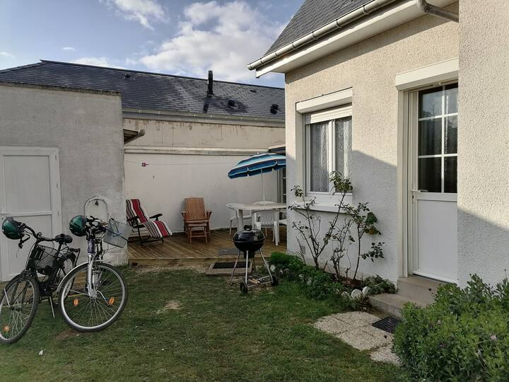 Studio de plain pied avec jardin