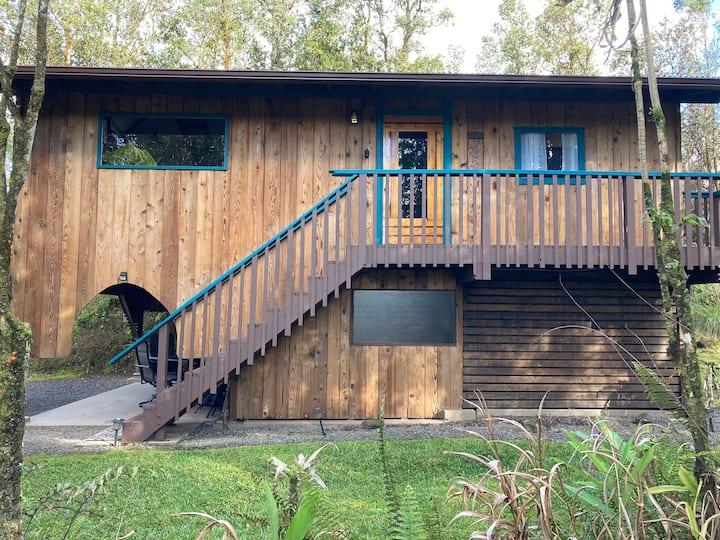 Hawaiian Treehouse Cabin