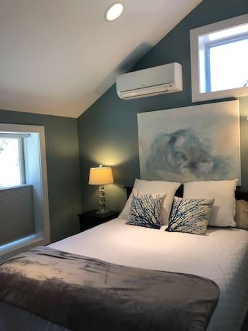 quiet restful bedroom