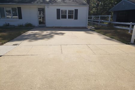 Wide open driveway for parking