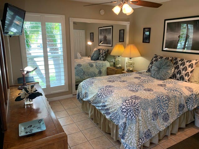 Bedroom comfort with shutters that include light or not.