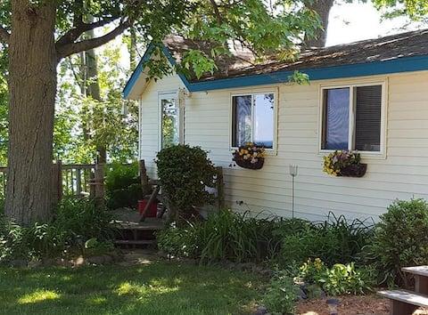 Cozy Cottage #3