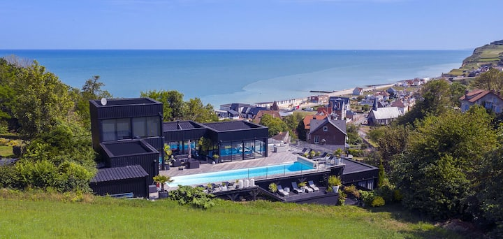 Le Lodge Blanc with sea view