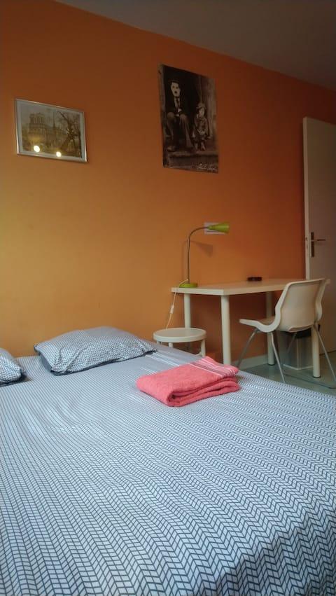 Chambre dans appartement résidence Gif Sur Yvette