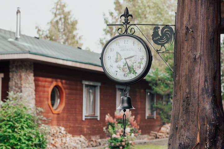 """Дом на Базе отдыха """"Южный Парк"""""""