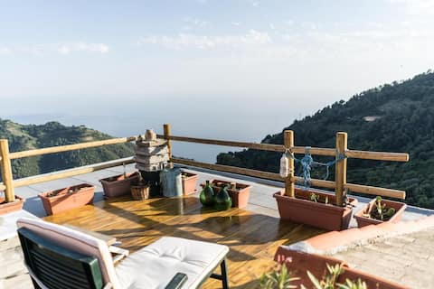 La fenêtre sur la mer à Drignana (5Terre, Vernazza)