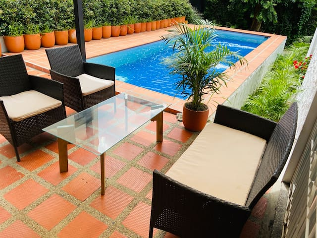Best Luxury Villa Jacuzzi Pool in Medellin Poblado