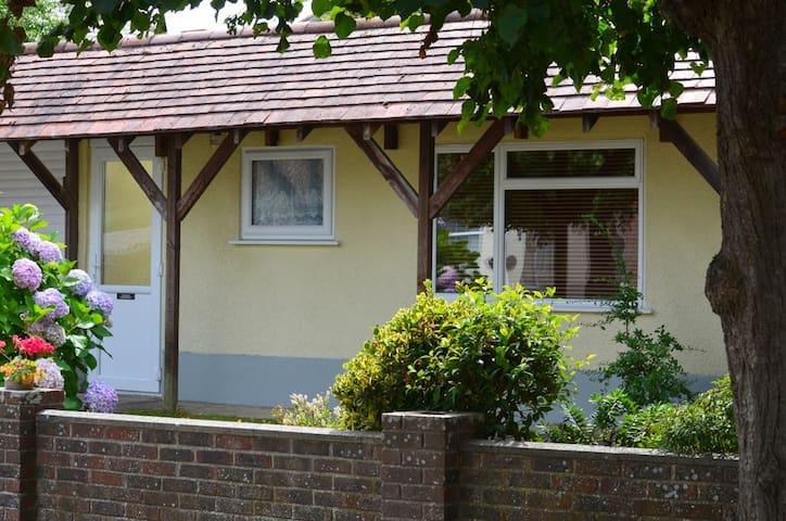 Bournemouth garden flat near Christchurch, Dorset