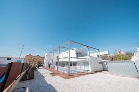 Amazing and bright house in the South of Navarra