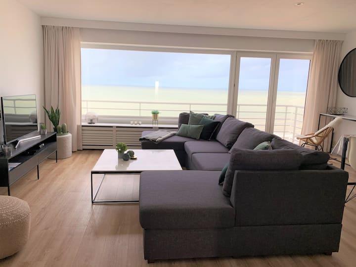 Beachloft9: luxury apartment, stunning ocean view