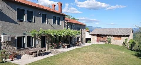 Love Appartement in Barbara`s village house