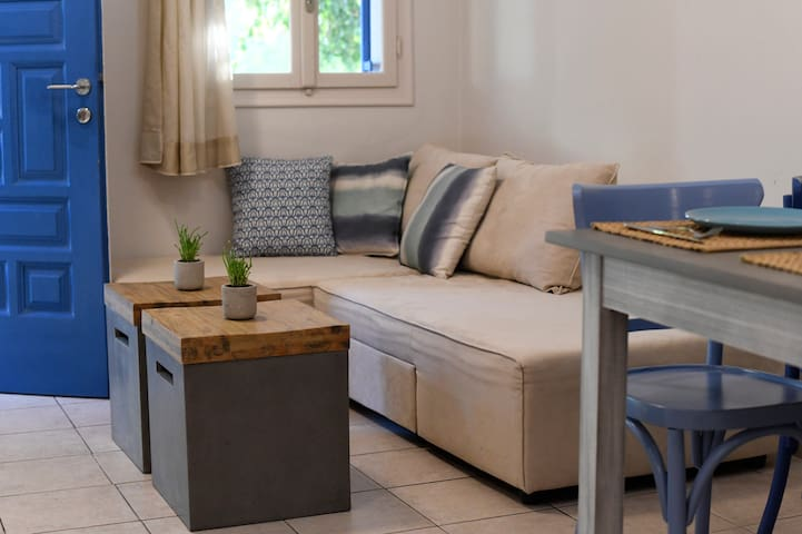 Kefalonia apartments: spacous 1 bedroom apartments in Spartia -  ground floor apartments have a loft-type bedroom.   .