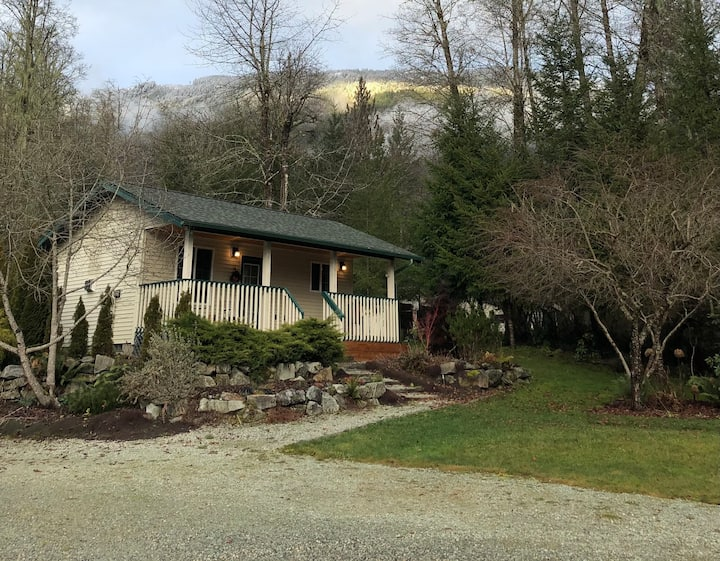 Sauk Mountain Cottage
